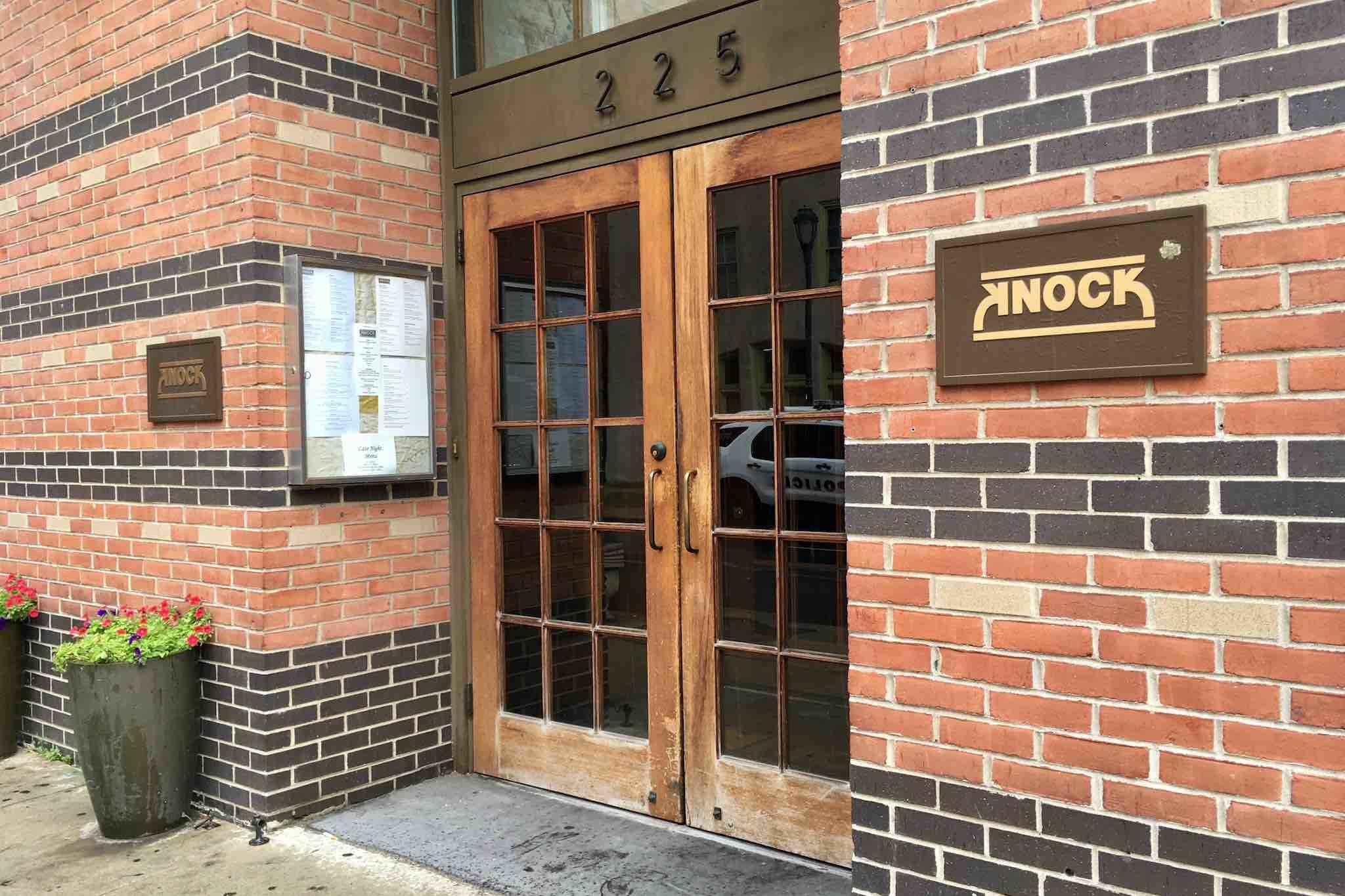 Knock Restaurant and Bar